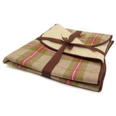 Danish Design Newton Moss Throw Pet Bedding